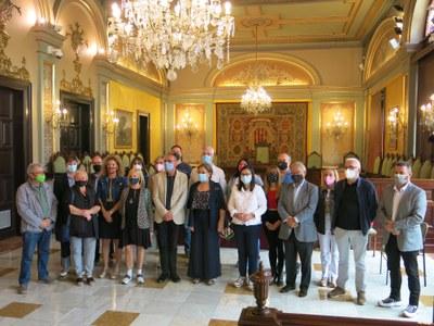 La Paeria dona suport a les associacions de comerciants per realitzar actuacions en la via pública