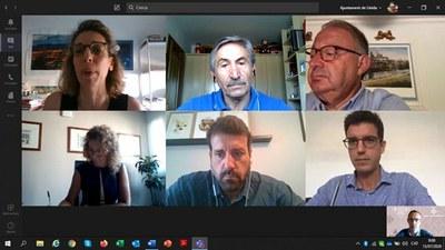 La Paeria i la Conselleria d'Empresa i Coneixement es reuneixen per analitzar la problemàtica i cercar solucions urgents