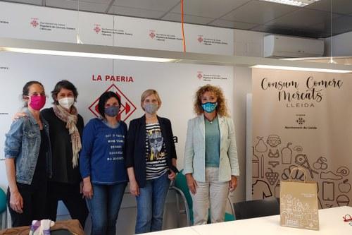 Imatge de la notícia La regidora Gispert es reuneix amb la nova junta de l'Associació Slow Shop Lleida