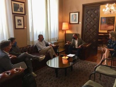 Trobada de l' alcalde de Lleida amb els responsables de l'empresa Casa Ametller